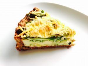 Hartigespelttaart met groene asperges