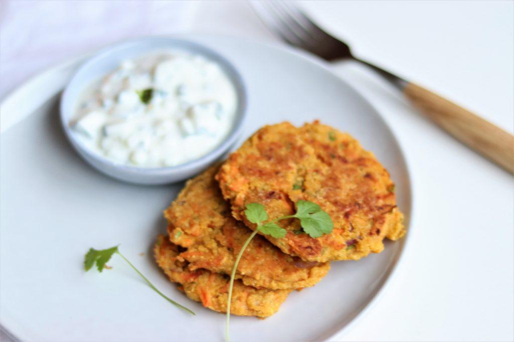Indiase wortelpannenkoekjes (vegan)