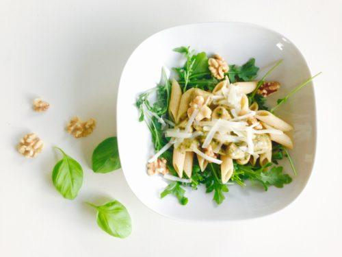 Penne met champignons, pesto en rucola