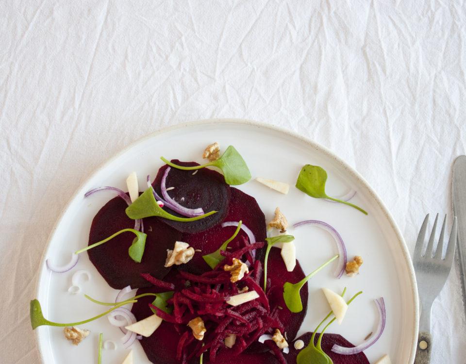 bietensalade driekwart met bestek
