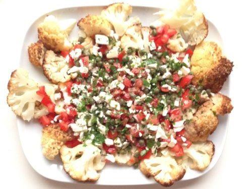 geroosterde-bloemkool-met-tomatensalsa