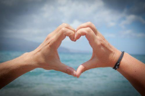 handen hart zee