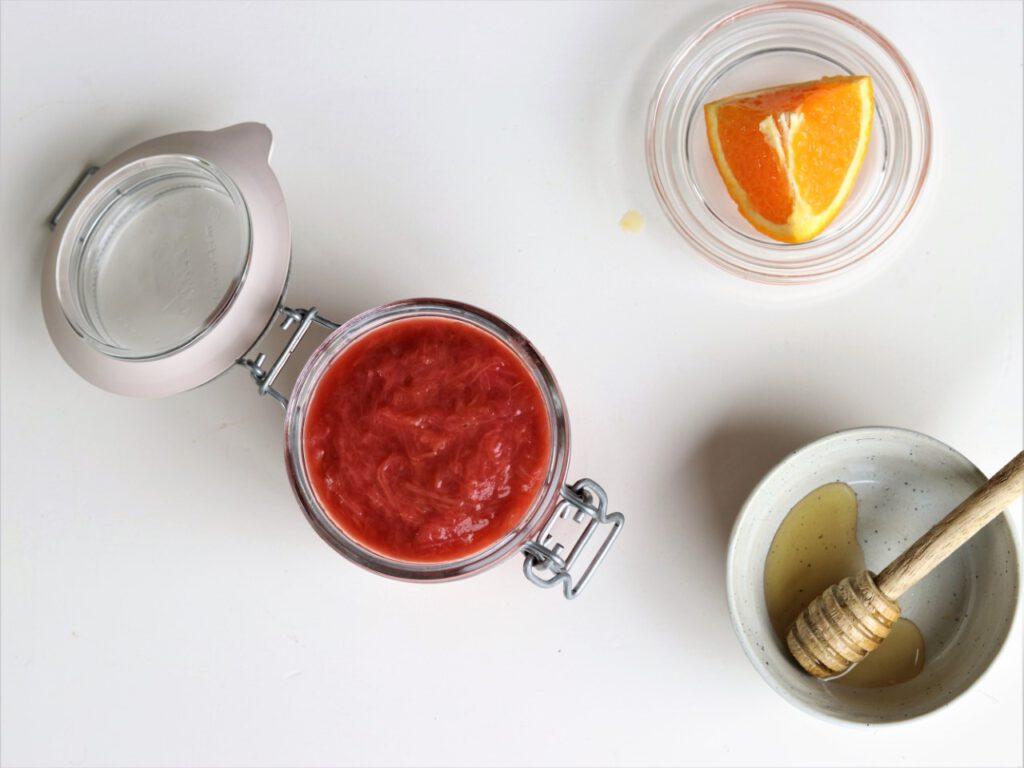 Makkelijke rabarbercompote met sinaasappel