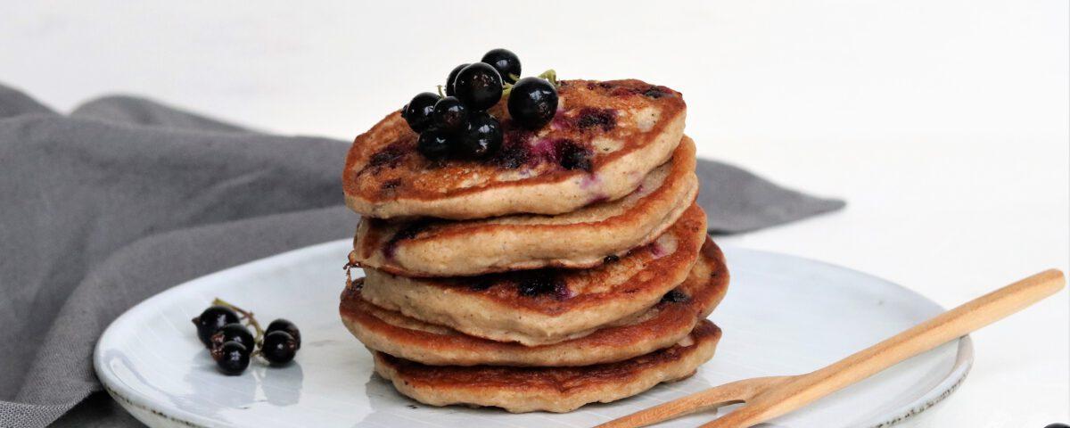 Pannenkoekjes met zwarte bessen (glutenvrij)