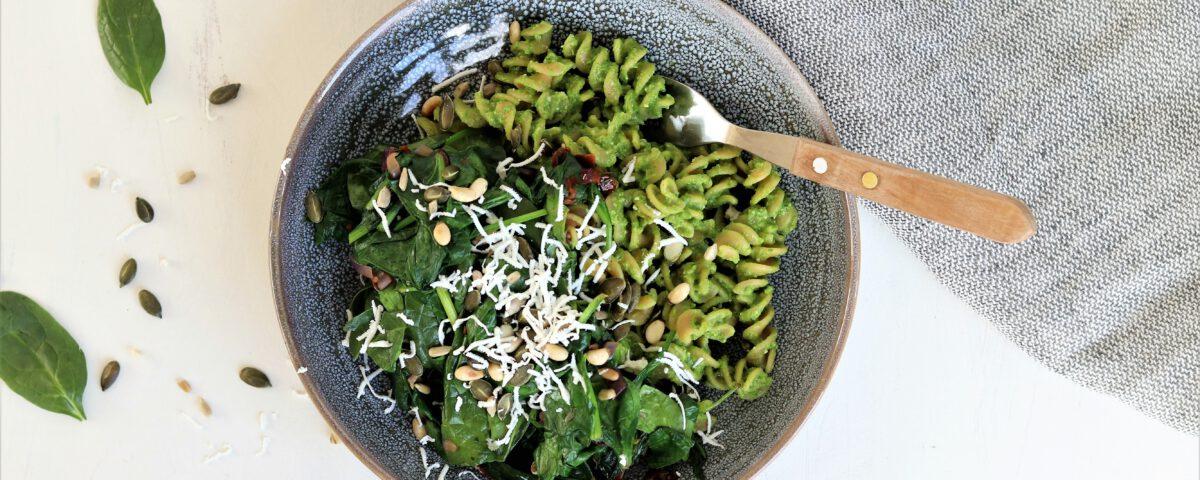 Fusilli met raapsteelpesto en spinazie